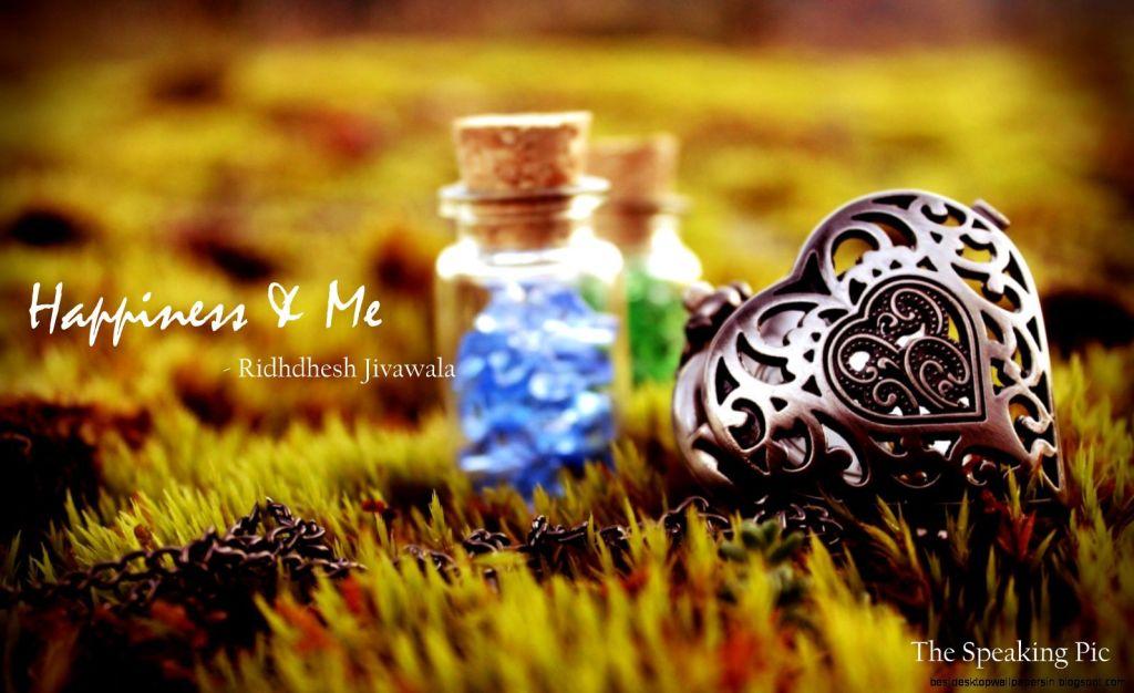 heart-pendant-jars-field-grass-hd-wallpaper-omwallpapers